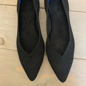 Rothys black honeycomb sz 7 points